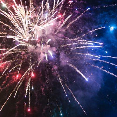 fireworks-865104_960_720